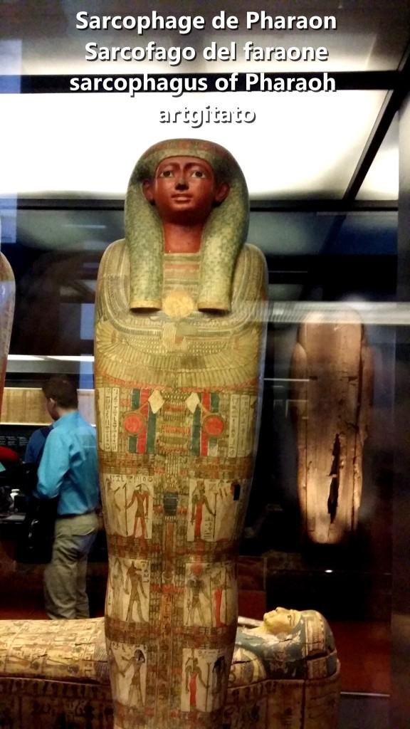 Sarcophage de Pharaon Sarcofago del faraone sarcophagus of Pharaoh Musées du Vatican Musée égyptien artgitato