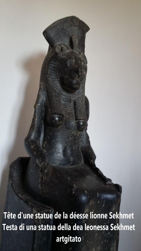 Tête d'une statue de la déesse lionne Sekhmet artgitato 1