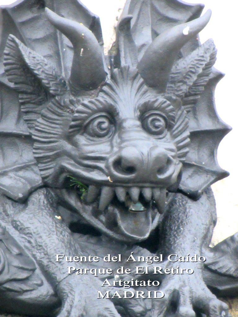 Madrid Fuente del Ángel Caído Parque de El Retiro artgitato 1