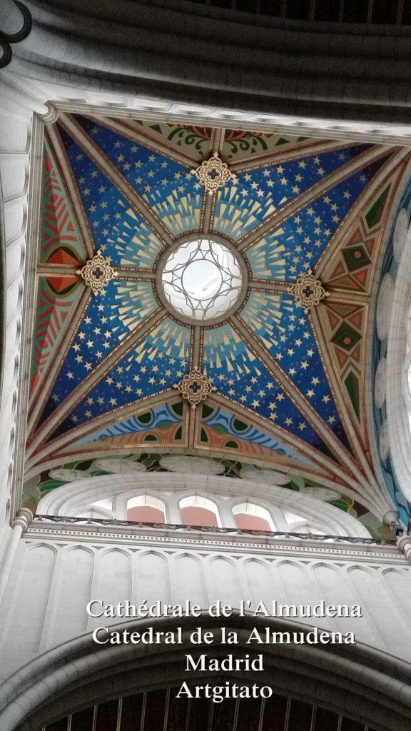 Cathédrale de l'Almudena Catedral de la Almudena Artgitato Madrid (15)