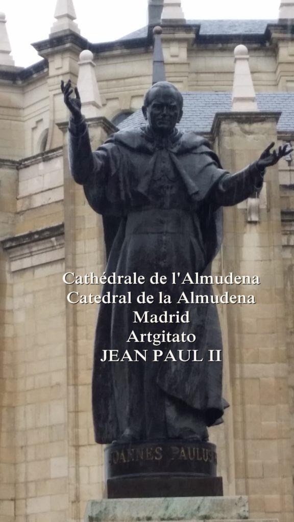 Cathédrale de l'Almudena Catedral de la Almudena Artgitato Madrid (2)