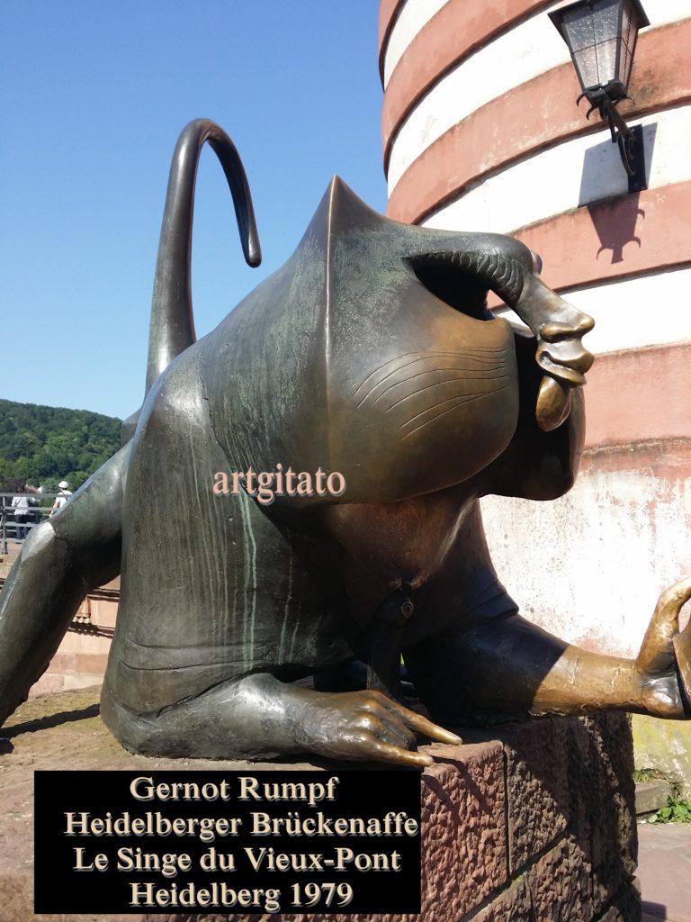 Gernot Rumpf Heidelberger Brückenaffe Affe Skulptur Affe an der alten Brücke Le Singe du Vieux-Pont Heidelberg Artgitato (5)