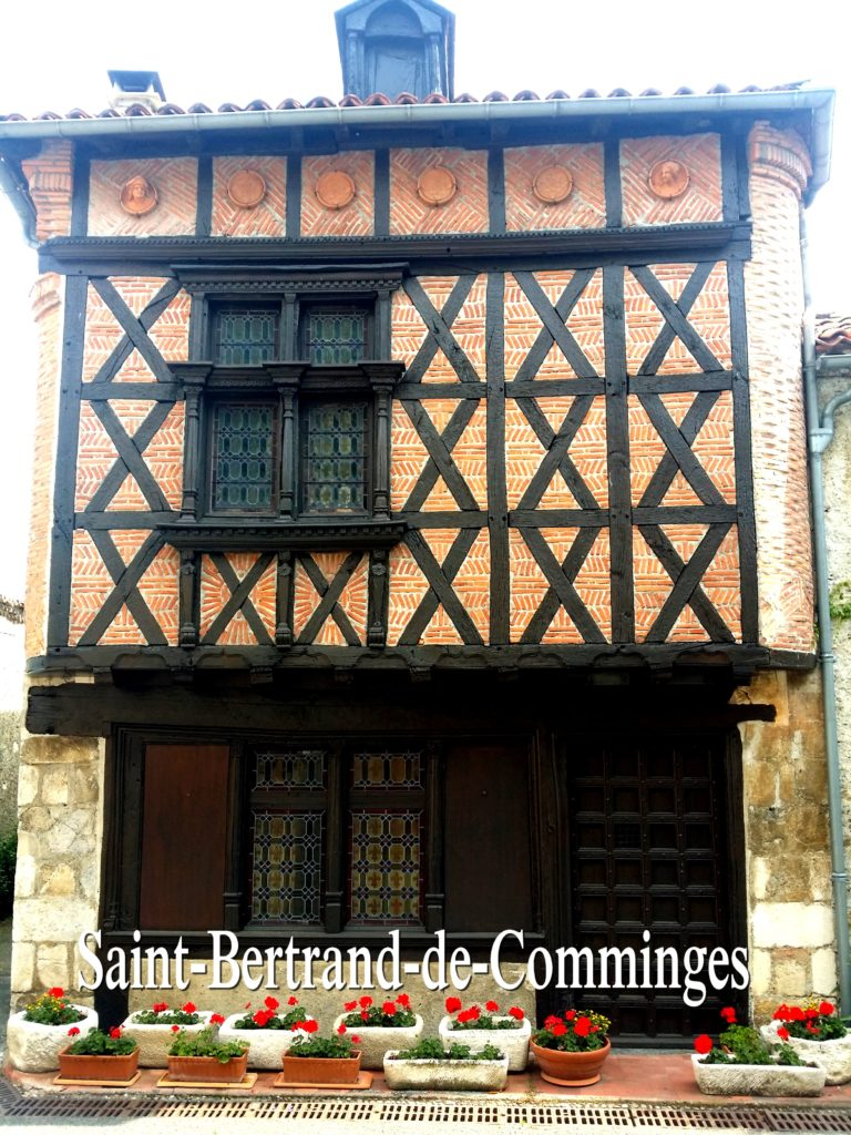 Saint-Bertrand-de-Comminges France Artgitato 15