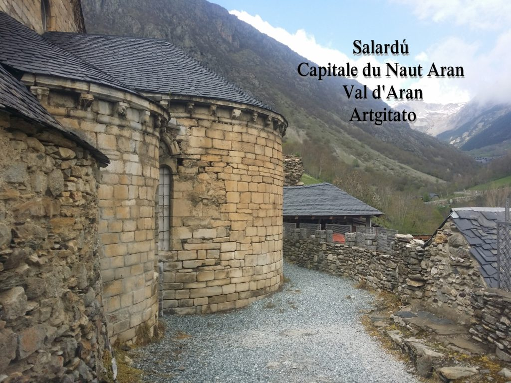 Salardú Capitale du Naut Aran Val d'Aran Artgitato Pyrénées Espagne 26