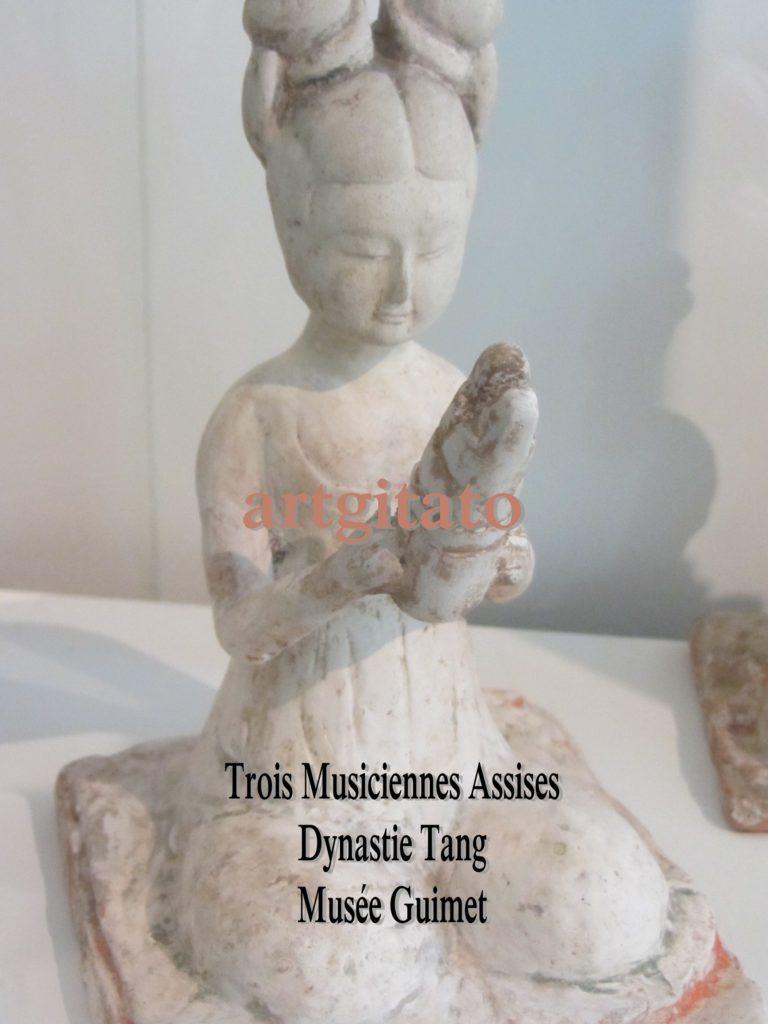 Trois Musiciennes Assises Dynastie Tang Musée Guimet Paris Artgitato 1