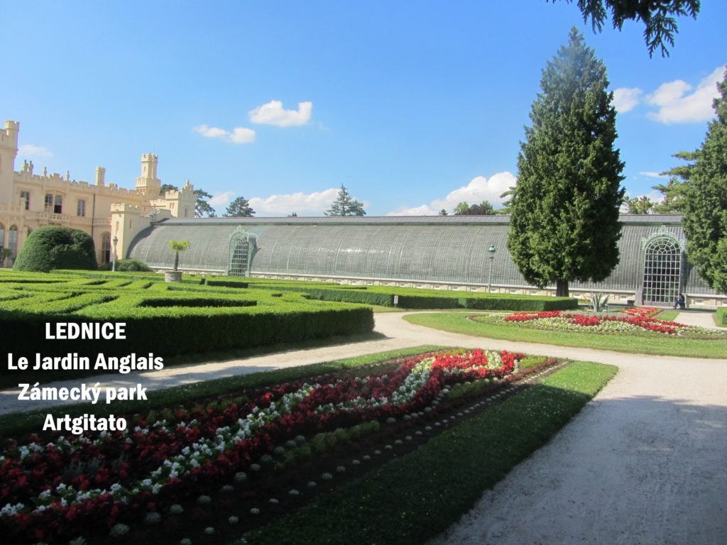 LEDNICE Le Jardin Anglais Zámecký park - MORAVIE DU SUD Artgitato Château de Lednice (10)