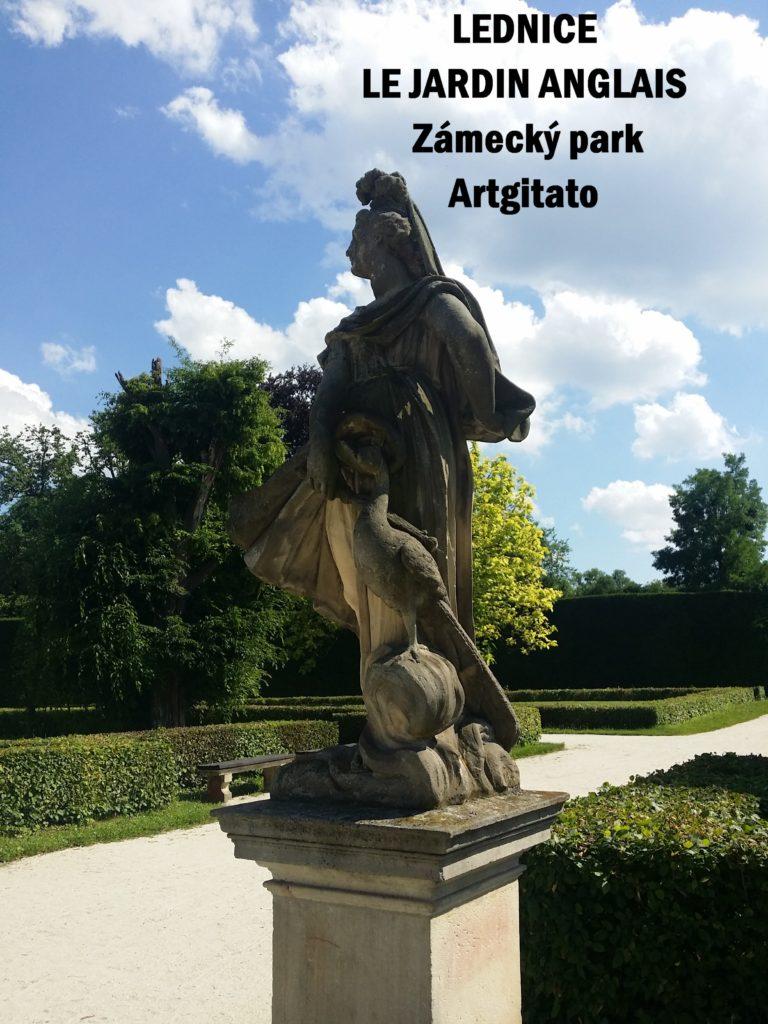 Le Jardin Anglais Zamecky Park Château de Lednice Artgitato (6)