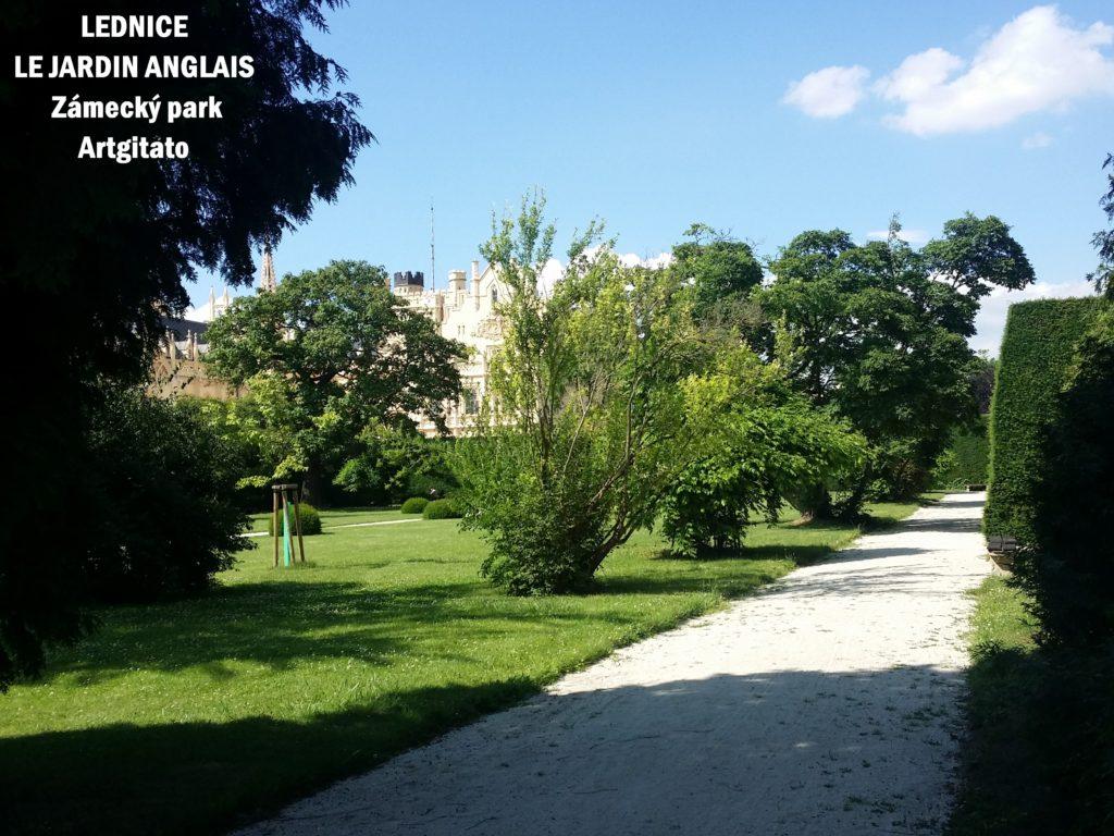 Le Jardin Anglais Zamecky Park Château de Lednice Artgitato (9)