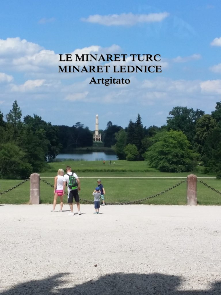 Lednice Minaret Moravie Artgitato (1)