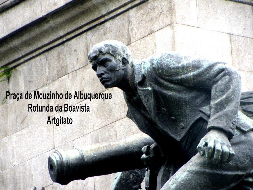 praca-de-mouzinho-de-albuquerque-la-place-dalbuquerque-porto-portugal-rotunda-da-boavista-artgitato-5