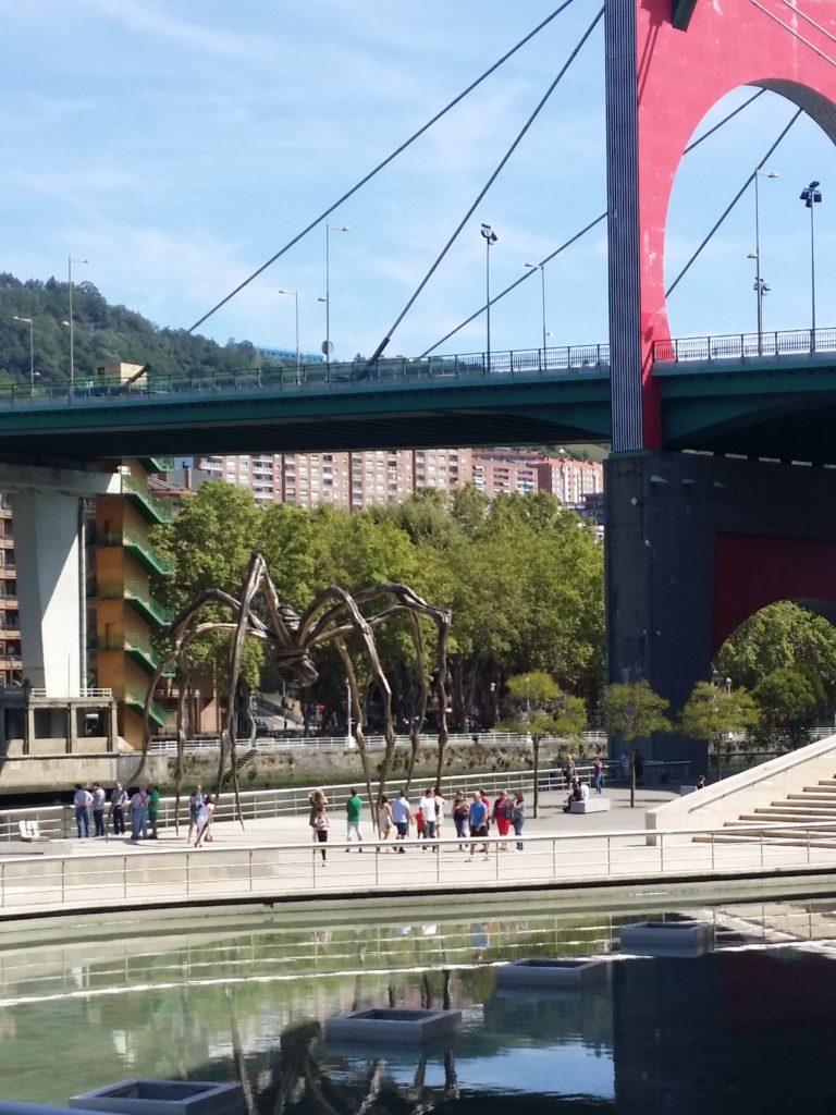 arc-rouge-arcos-rojos-arku-gorriak-daniel-buren-puente-principes-de-espana-bilbao-artgitato-espagne-10