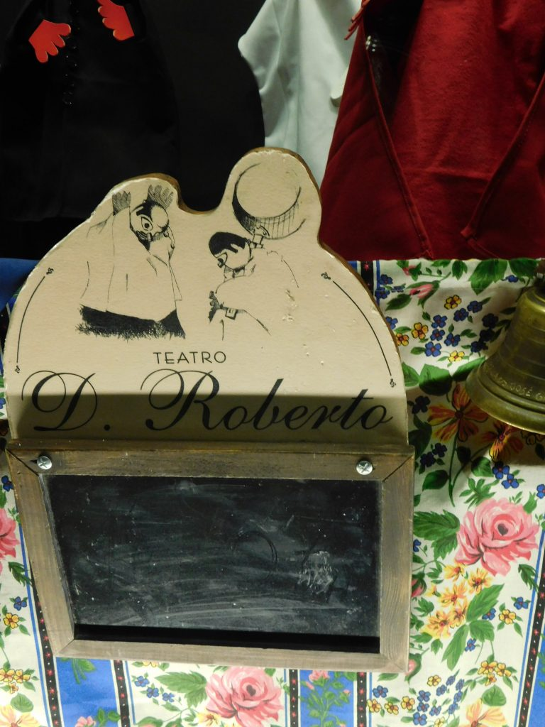 TEATRO DOM ROBERTO Museu da Marioneta Lisboa- Musée de la Marionnette - LISBONNE
