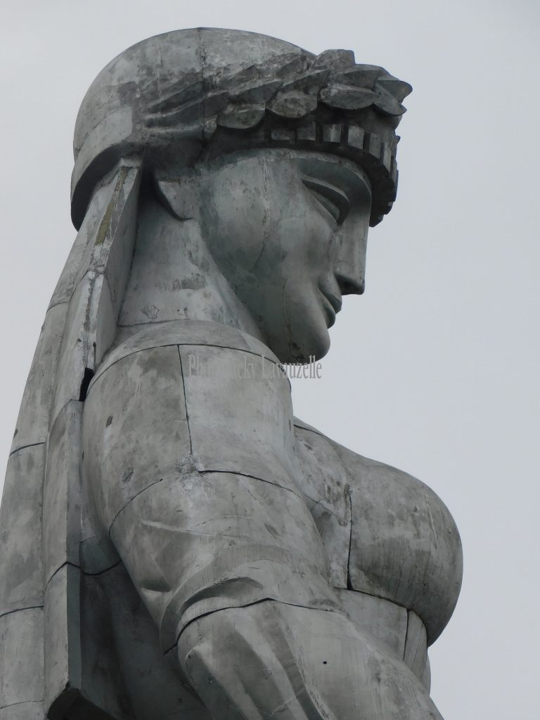 la mère des géorgiens Tbilissi